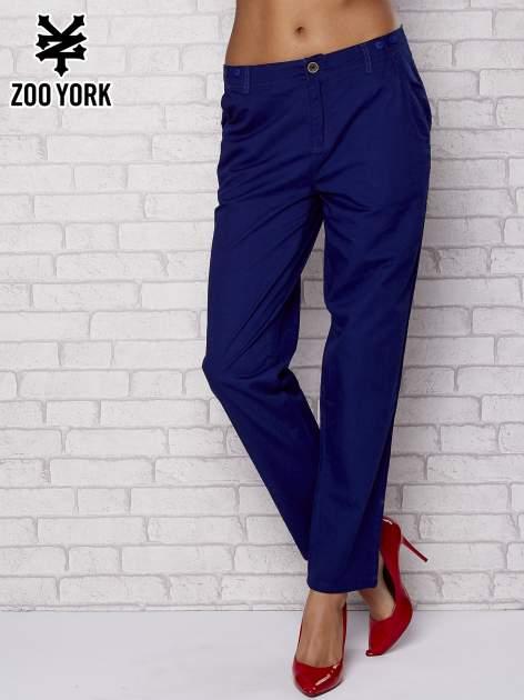 Granatowe proste materiałowe spodnie
