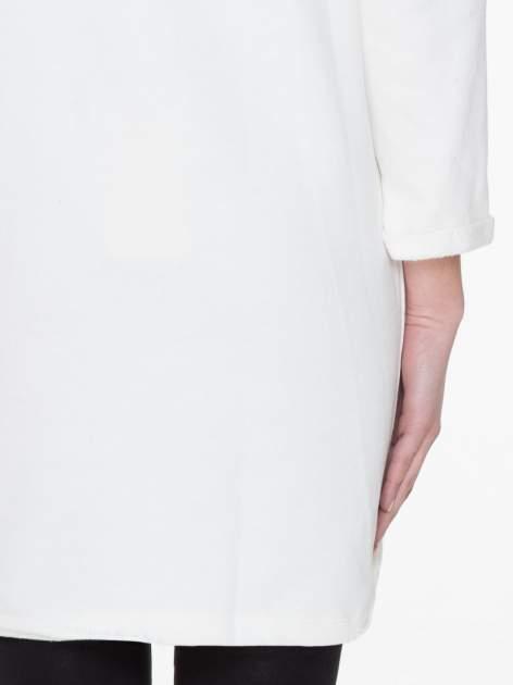 Granatowo-biała długa bluza baseballowa z numerkiem                                  zdj.                                  8