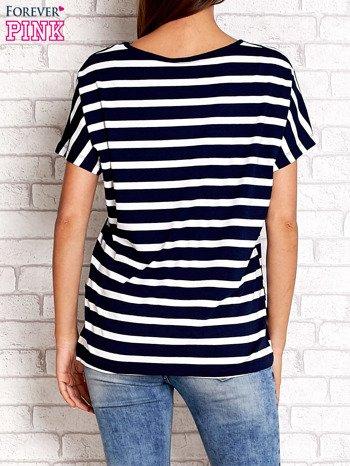 Granatowo-biały t-shirt w paski z napisem DAYDREAM NATION                                  zdj.                                  4