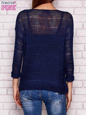 Granatowy ażurowy sweter