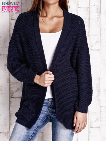 Granatowy fakturowany otwarty sweter                                   zdj.                                  1