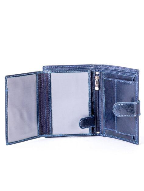 Granatowy portfel ze skóry naturalnej z klapką                              zdj.                              5