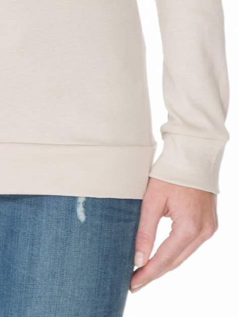 Jasnobeżowa bawełniana bluzka z rękawami typu reglan                                  zdj.                                  6