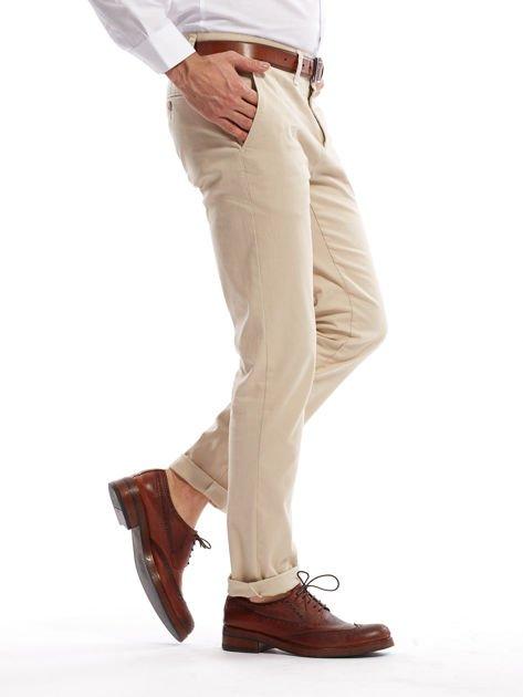 Jasnobeżowe spodnie męskie chinosy o prostym kroju                                  zdj.                                  8