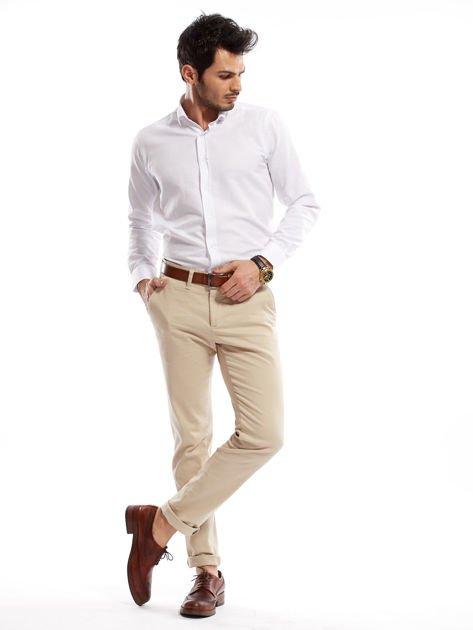 Jasnobeżowe spodnie męskie chinosy o prostym kroju                                  zdj.                                  13
