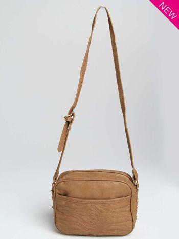 Jasnobrązowa mała torebka listonoszka z dżetami                                  zdj.                                  1