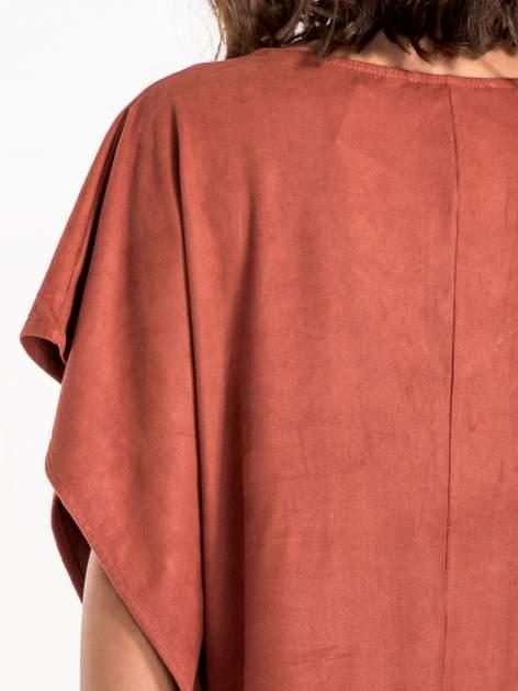 Jasnoczerwona zamszowa bluzka z haftem w stylu boho                                  zdj.                                  5