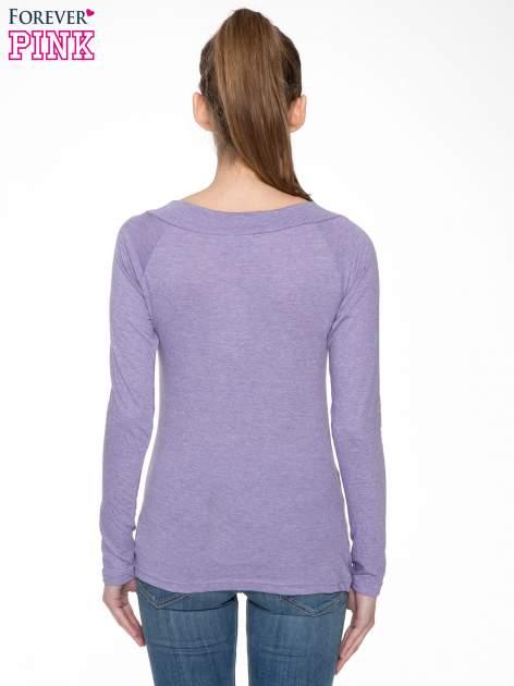 Jasnofioletowa gładka bluzka z reglanowymi rękawami                                  zdj.                                  4
