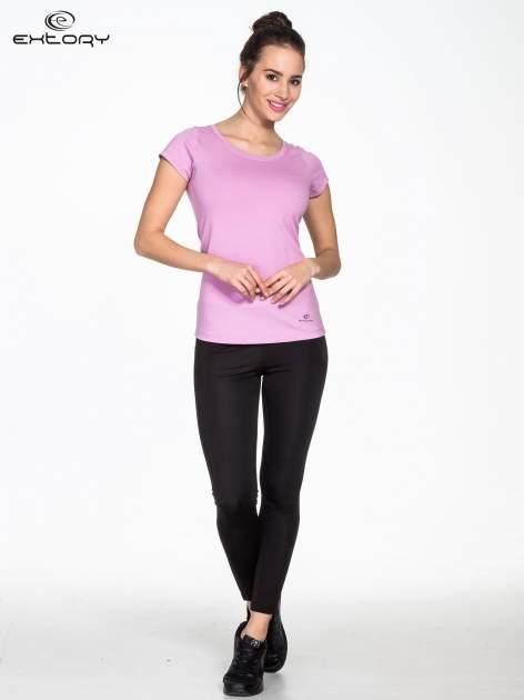 Jasnofioletowy damski t-shirt sportowy basic PLUS SIZE                                  zdj.                                  2