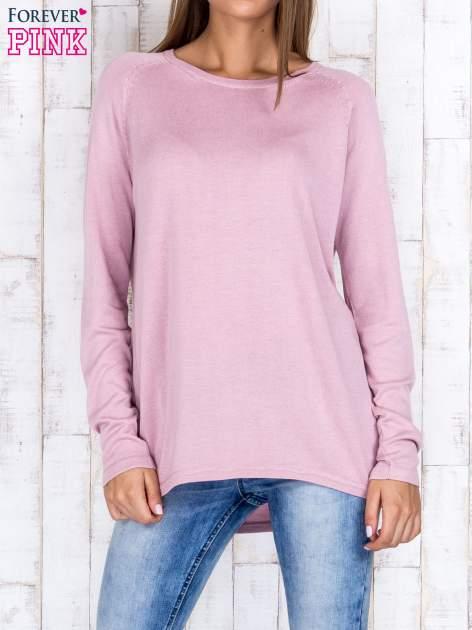 Jasnofioletowy sweter z dłuższym tyłem i zakładką na plecach                                  zdj.                                  1