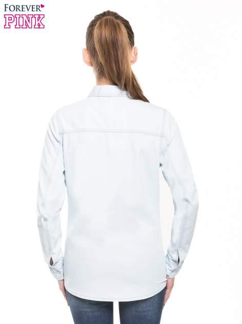Jasnoniebieska klasyczna koszula jeansowa z długim rękawem                                  zdj.                                  3