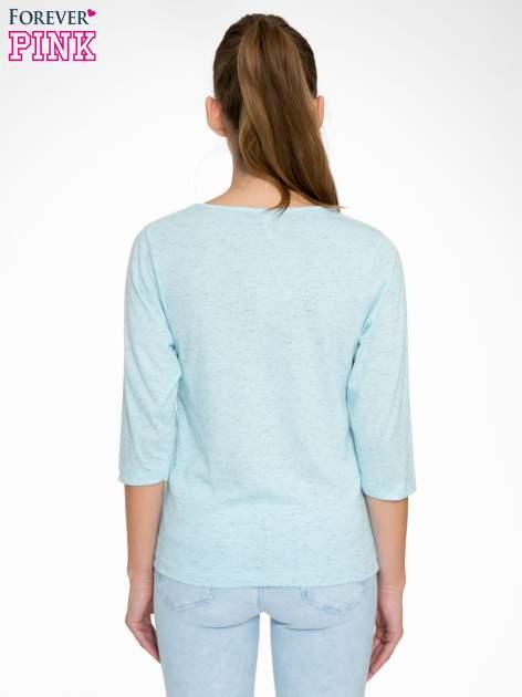 Jasnoniebieska melanżowa bluzka z rękawami 3/4                                  zdj.                                  4