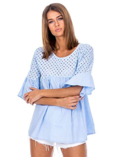 Jasnoniebieska odcinana bluzka z szerokimi rękawami                              zdj.                              1