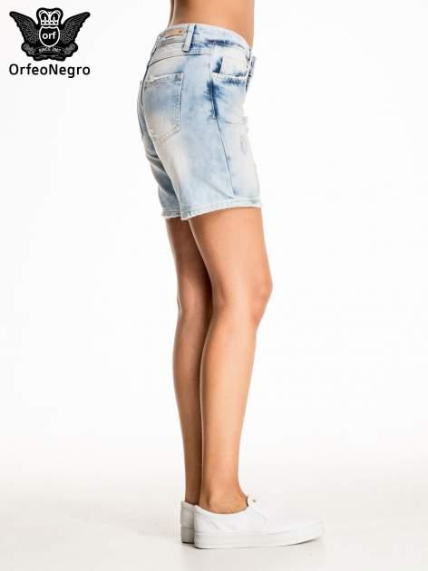 Jasnoniebieskie jeansowe szorty z dłuższą nogawką                                  zdj.                                  5