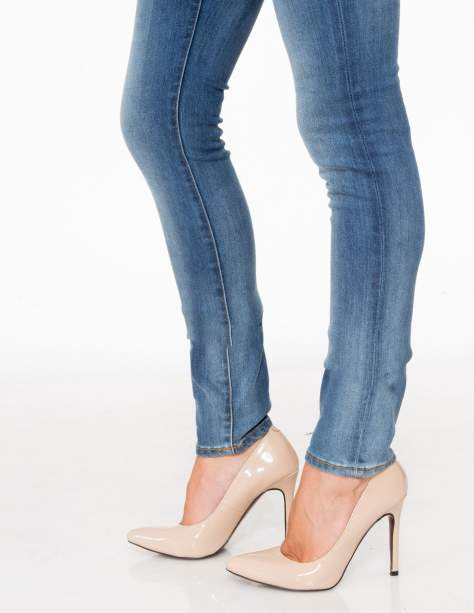 Jasnoniebieskie spodnie jeansowe rurki z cieniowaniem                                  zdj.                                  9