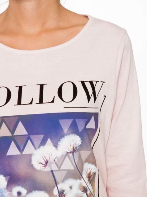 Jasnoróżowa bluzka z napisem FOLLOW YOUR DREAMS                                  zdj.                                  6
