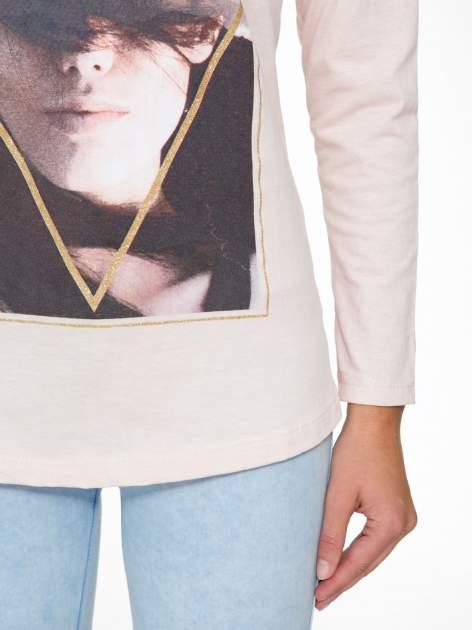 Jasnoróżowa bluzka z napisem MAKE IDEAS HAPPEN                                  zdj.                                  7