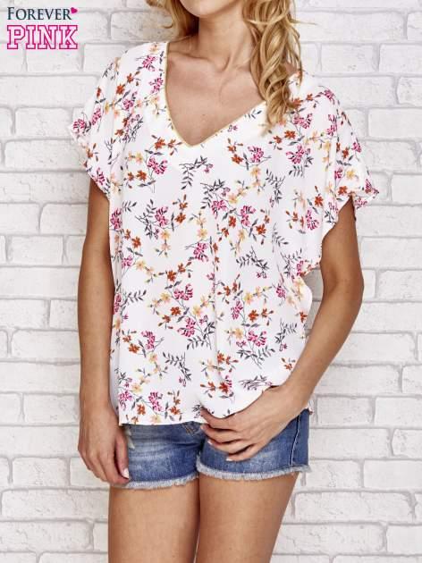 Jasnoróżowa koszula w kwiaty ze złotą lamówką                                  zdj.                                  1