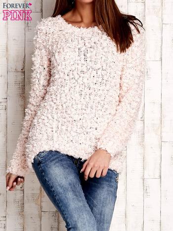 Jasnoróżowy włochaty sweter                              zdj.                              1