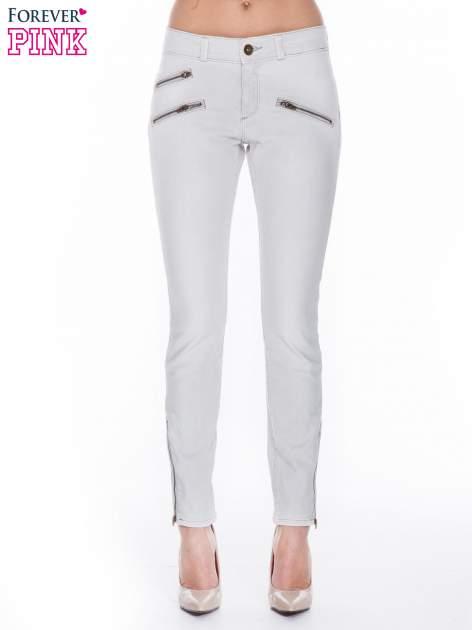 Jasnoszare spodnie jeansowe typu skinny z suwakami na górze i przy nogawkach                                  zdj.                                  1