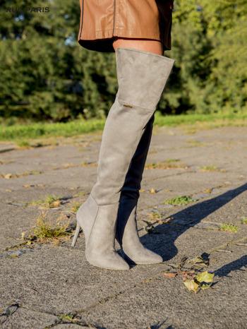 Jasnoszare zamszowe kozaki faux suede na szpilkach za kolano                                  zdj.                                  3