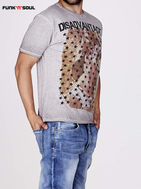 Jasnoszary t-shirt męski z motywem flagi Funk n Soul                                  zdj.                                  2