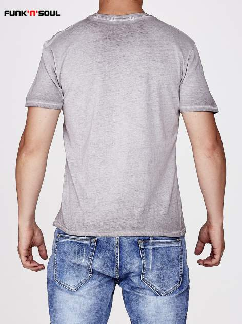 Jasnoszary t-shirt męski z motywem flagi Funk n Soul                                  zdj.                                  3