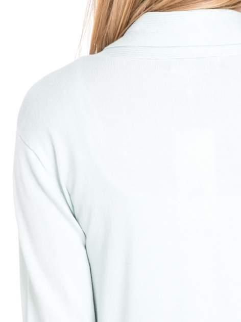 Jasnozielony otwarty sweter kardigan z prążkowanym kołnierzem                                  zdj.                                  7