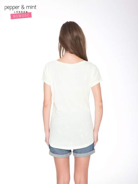 Jasnozielony  t-shirt z nadrukiem fashion                                  zdj.                                  4