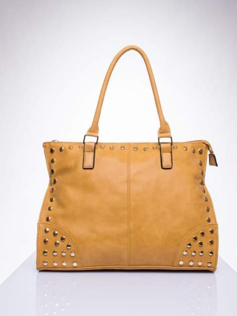 Karmelowa torba shopper bag ze złotymi ćwiekami                                  zdj.                                  1