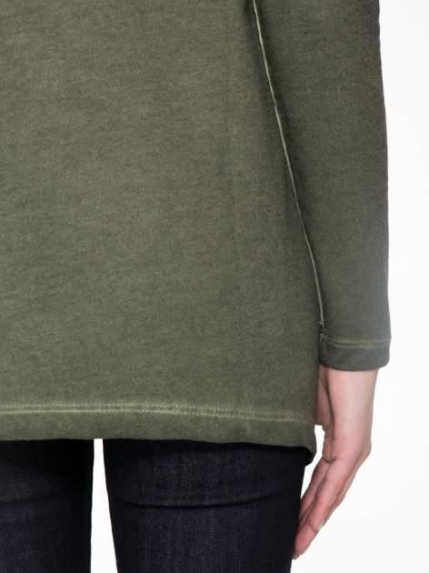 Khaki bluza z koronkową wstawką na plecach                                  zdj.                                  8