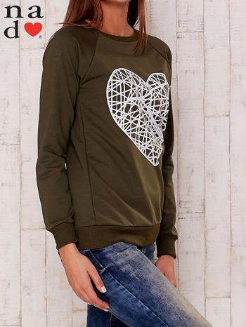 Khaki bluza z nadrukiem serca                                  zdj.                                  3