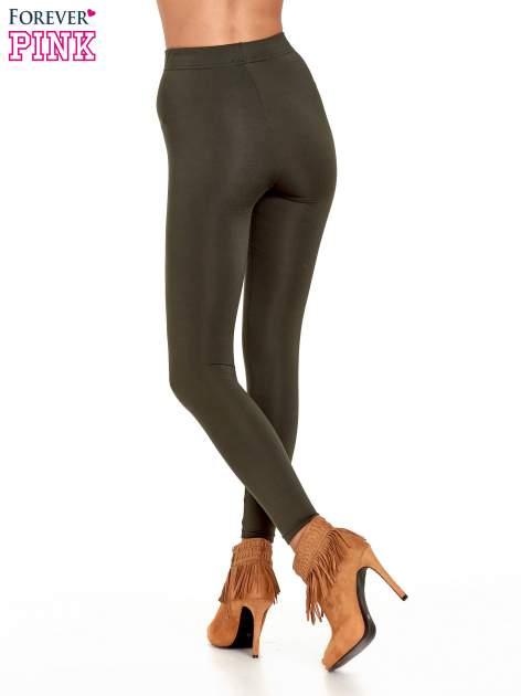 Khaki legginsy basic z lekkim ociepleniem                                  zdj.                                  4