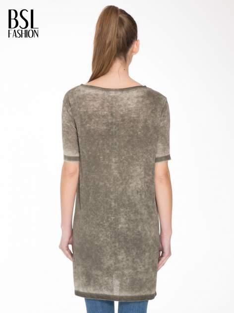 Khaki sukienka typu t-shirt bluzka z efektem dekatyzowania                                  zdj.                                  4