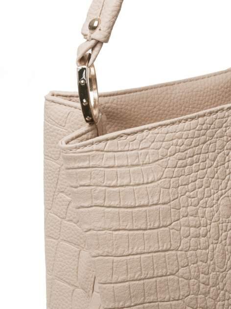 Khaki torebka na ramię tłoczona na wzór skóry krokodyla                                  zdj.                                  3