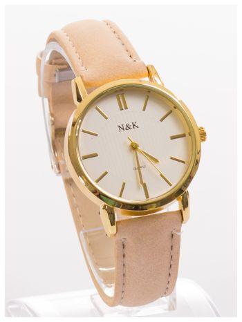 Klasyczny damski zegarek z dyskretnym wzorem na tarczy. Bardzo zgrabny. Delikatny i kobiecy.                                  zdj.                                  3