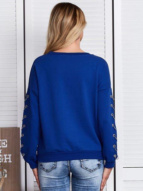 Kobaltowa bluza z kółeczkami                              zdj.                              2