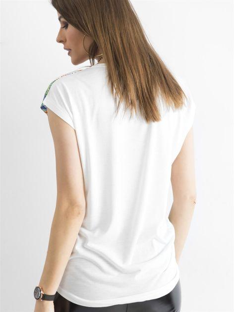 Kolorowa bluzka z aplikacją                              zdj.                              2
