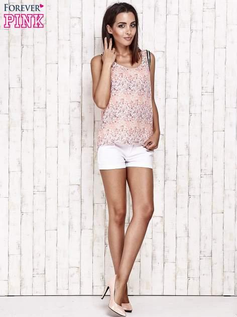 Koralowa bluzka koszulowa w łączkę                                  zdj.                                  3