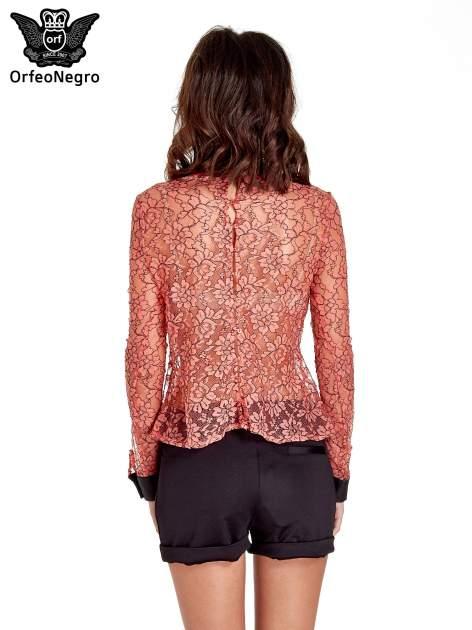 Koralowa bluzka koszulowa z koronki ze skórzanymi mankietami                                  zdj.                                  4
