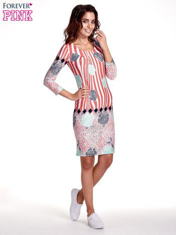 Koralowa sukienka w kwiatowe i geometryczne wzory                                  zdj.                                  8