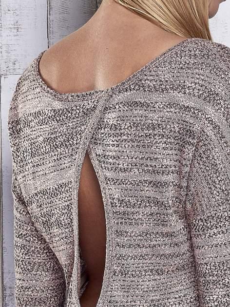 Koralowy melanżowy sweter z łezką na plecach                                  zdj.                                  6