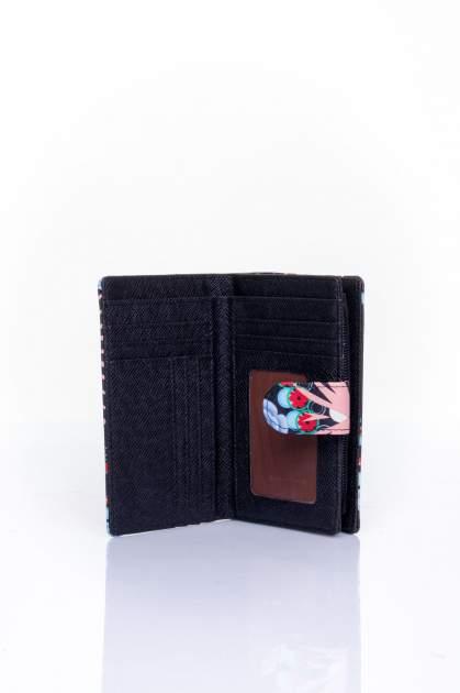 Koralowy portfel w graficzne wzory                                  zdj.                                  4