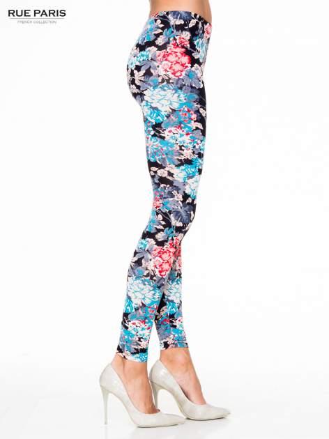 Kwiatowe legginsy w kolorze niebieskim                                  zdj.                                  3