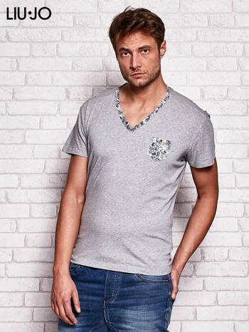 LIU JO Szary t-shirt męski z kwiatowymi wstawkami                                  zdj.                                  3