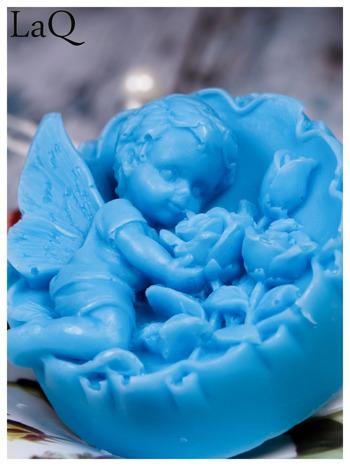 LaQ Mydełko duże Anioł z różami w medalionie - niebieski / Zapach - wata cukrowa BEZ SLS i SLES
