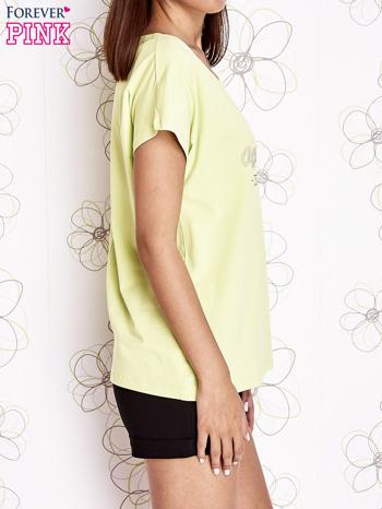 Limonkowy t-shirt z napisem NEED IT LOUDER                                  zdj.                                  3