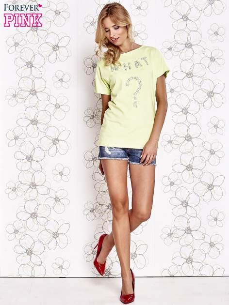 Limonkowy t-shirt z napisem i trójkątnym wycięciem na plecach                                  zdj.                                  4