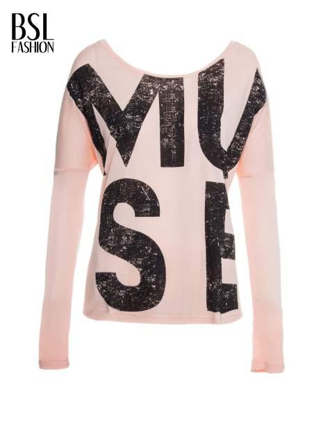 Łososiowa bluzka z dużym napisem MUSE                                  zdj.                                  2