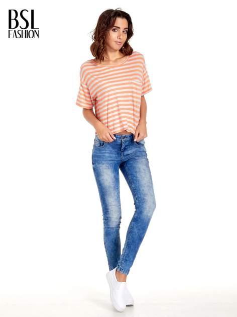 Luźny krótki t-shirt z kieszonką w pomarańczowe paski                                  zdj.                                  7
